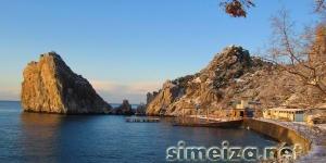 Скала дива зимой в Симеизе